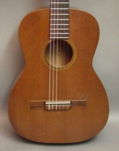 Guitar Classic Nhật Jerma SCG 240